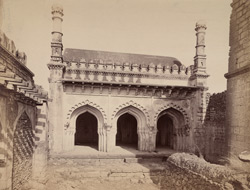 General view of the ruins of the Jahaz Mahal, Bijapur
